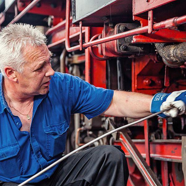 Arbeiten an der Dampflokomotive